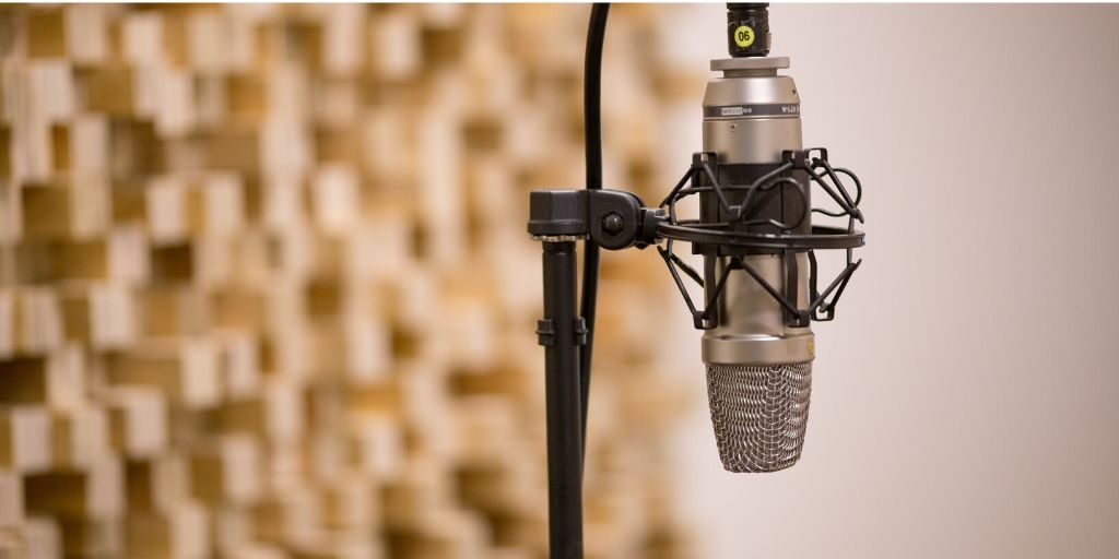 Microphone for Financial Planning Advice During These Hard Times (Radio Program)